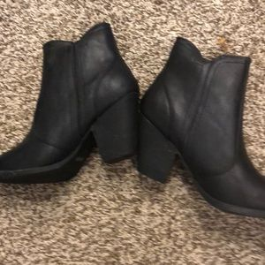 Shoes - Brand new w tags black boots